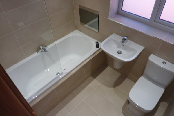 3 piece bathroom. droylsden, 2014 3 piece bathroom